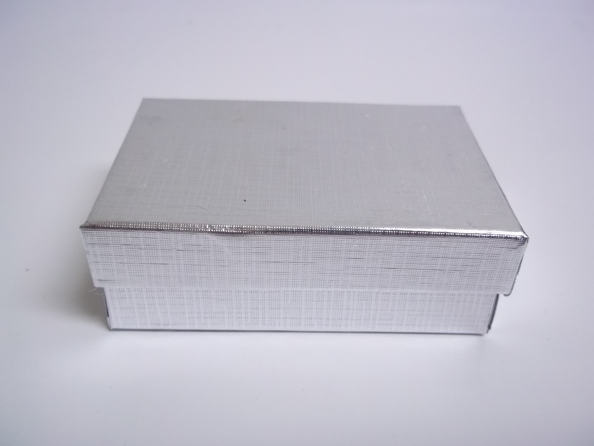 BX406 Cotton Filled Silver Linen Earring Nest Boxes