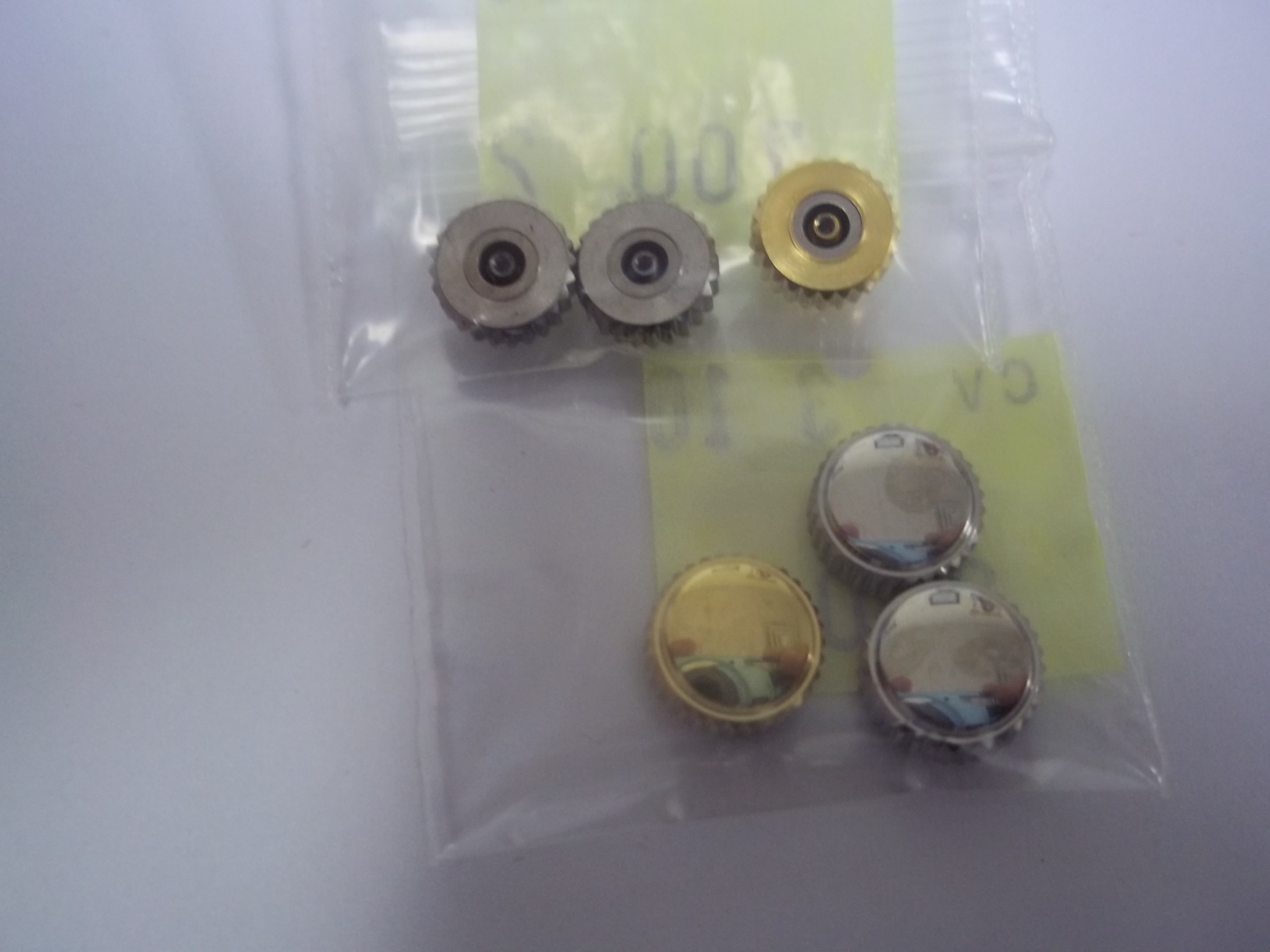 CR28C Assortment of 21 pieces Extra Large Diameter Waterproof Crowns--New!