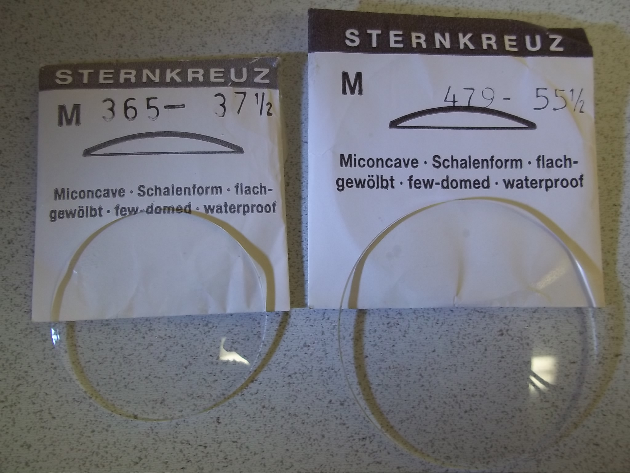 """M377-39 1/2 Sternkreuz Low Dome Plastic """"M"""" Miconcave Crystals"""