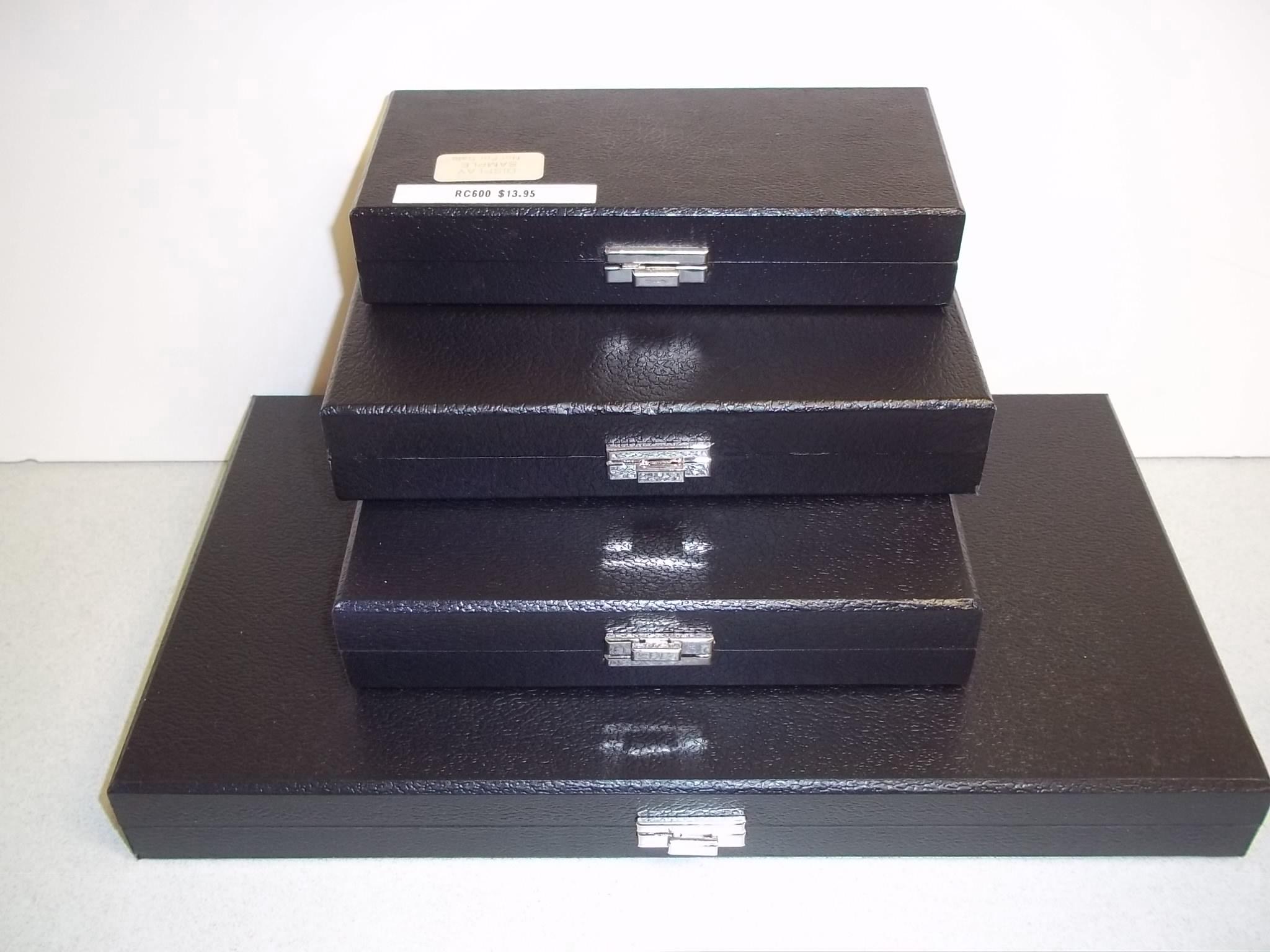 RC600 Ring Display Case--12 Slot