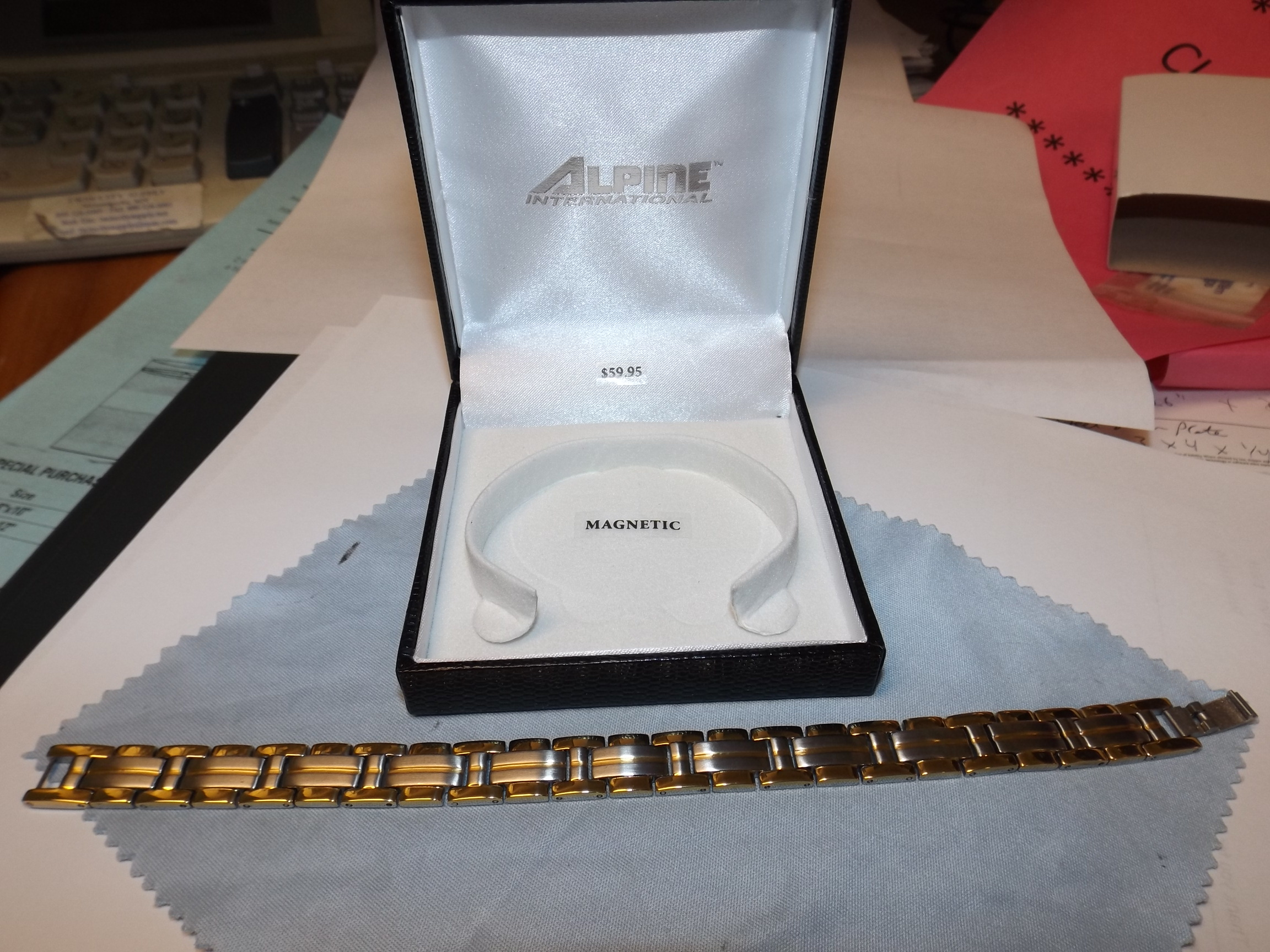 MSB653 Magnetic Bracelet- Stainless Steel 11mm Two-Tone New from Alpine!