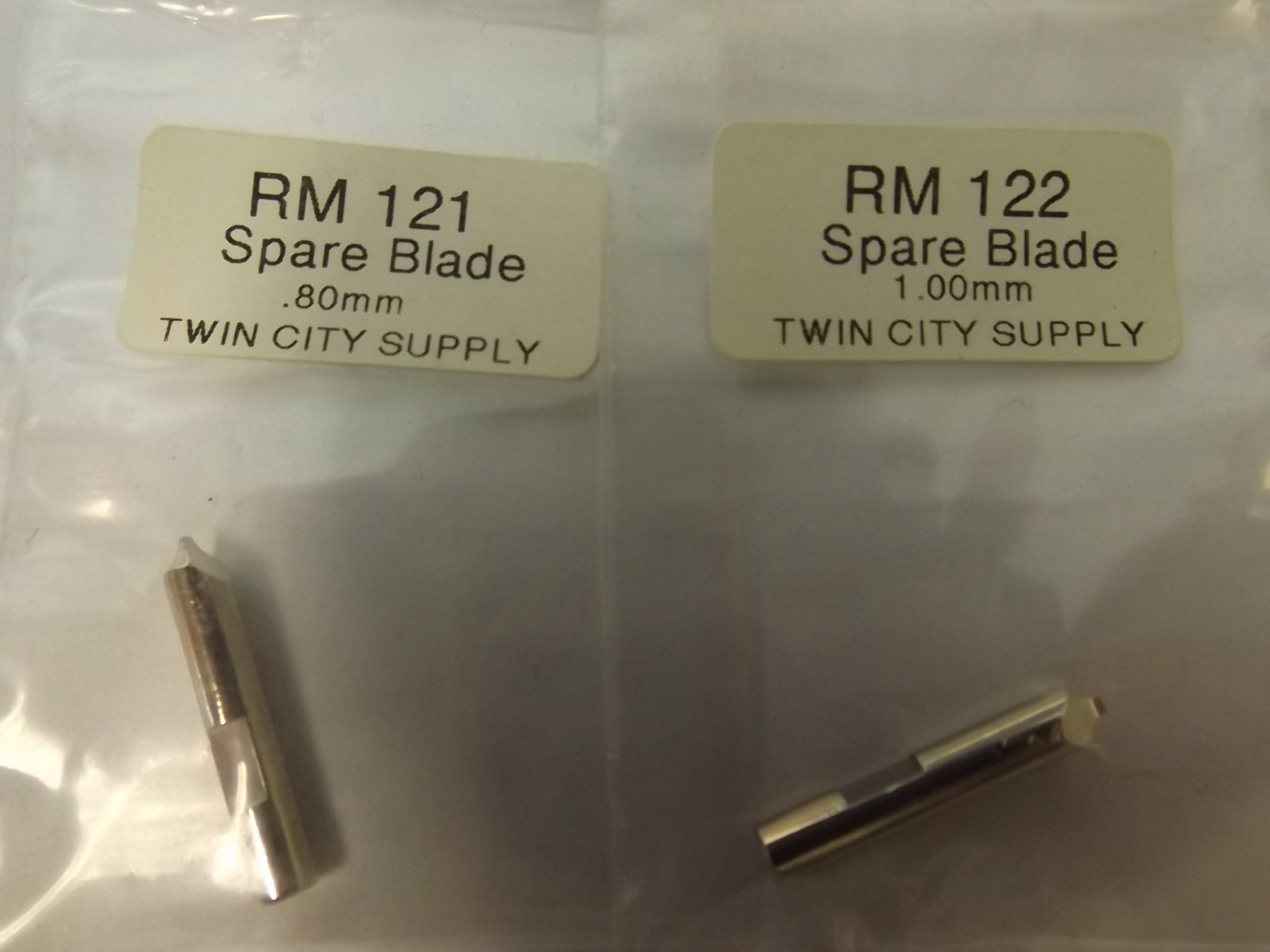 RM121 Replacement Blade, .80mm, for Watch Bracelet Screw Removing Tool -Eurotool HOL-120.01