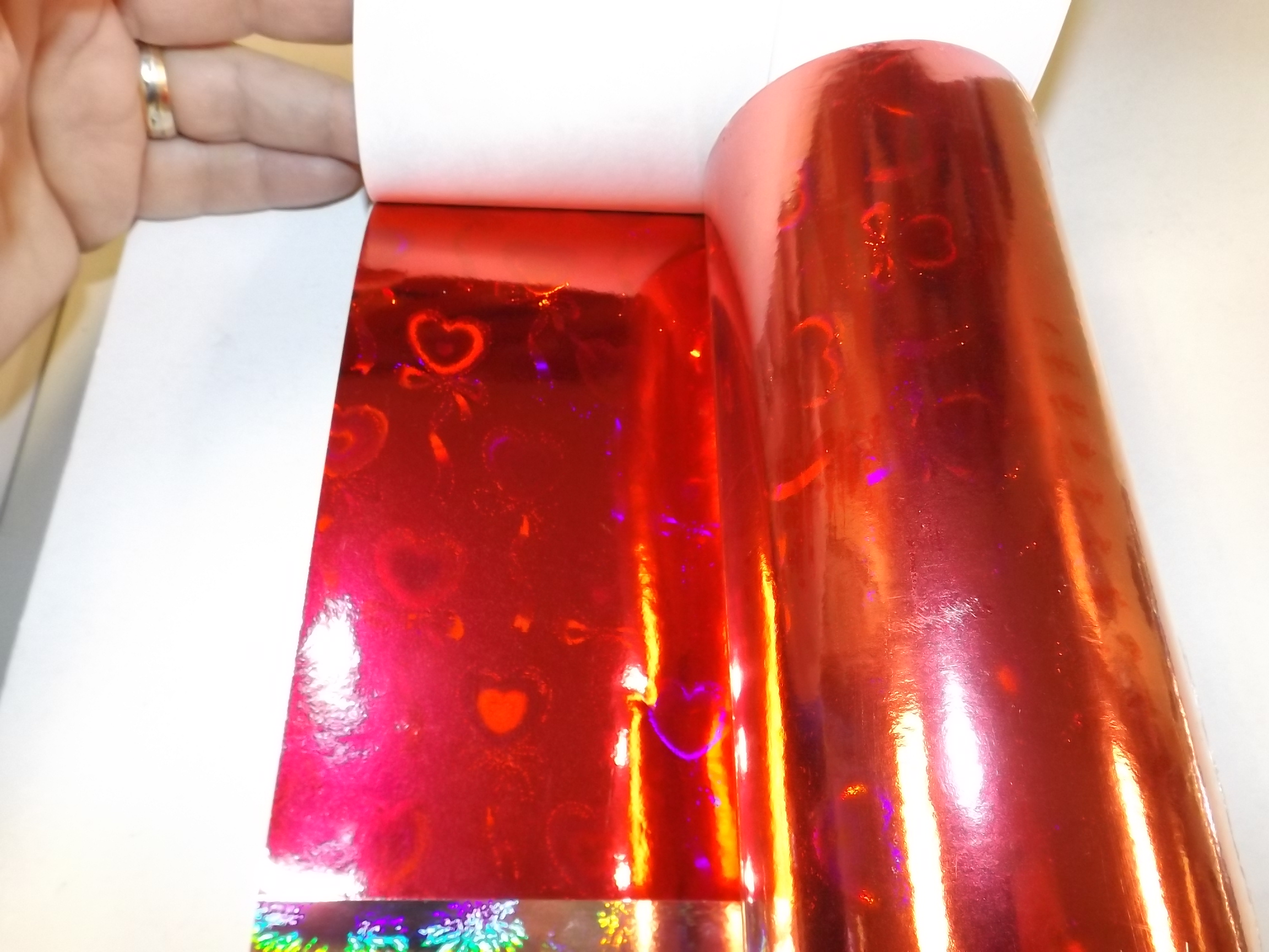PA099 Jewelers Roll- Foil Red Hearts- Holographic-New!