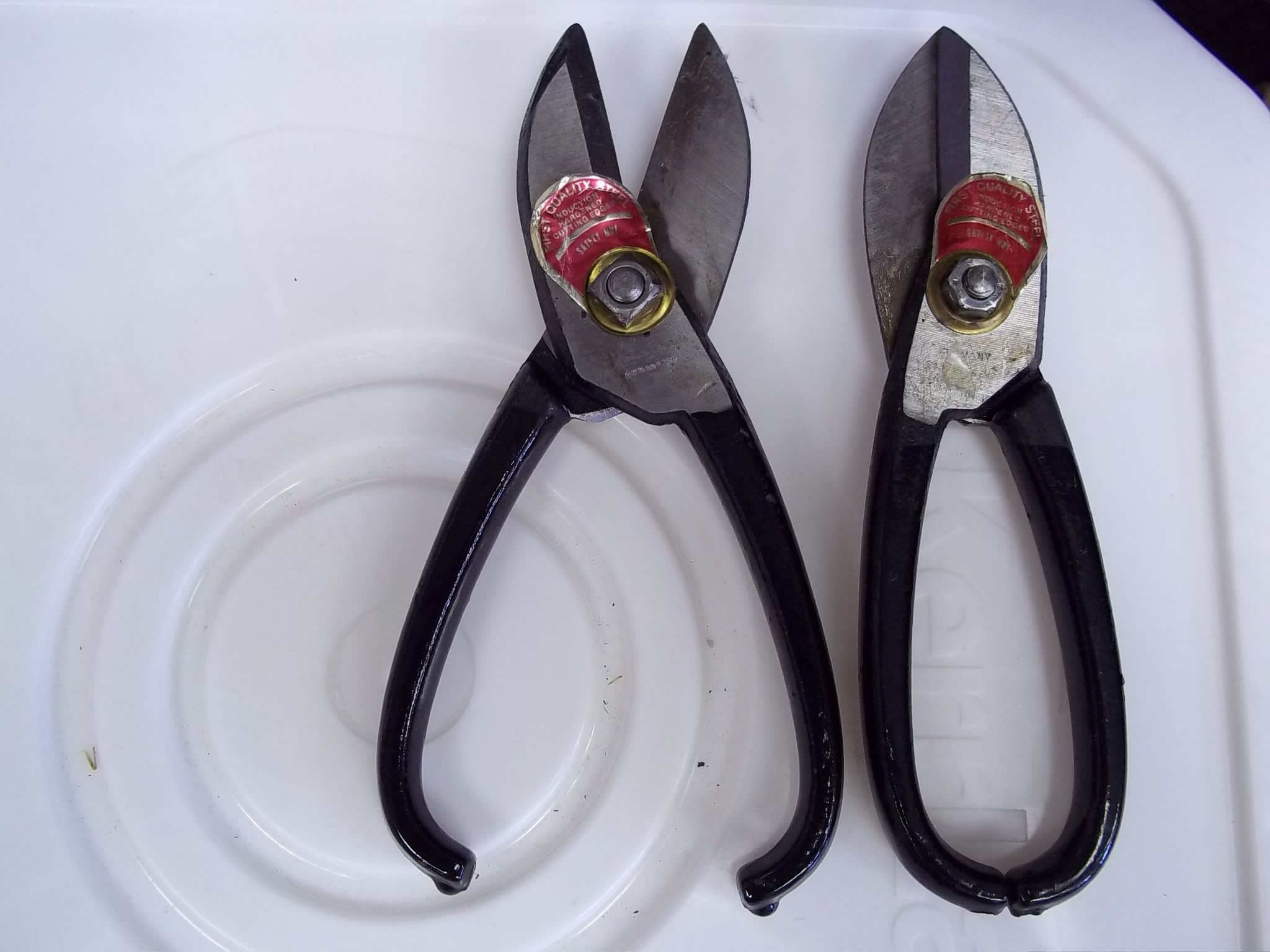 53.830 Brown Shears-Jewelers Pattern for cutting sheet solder/Left hand