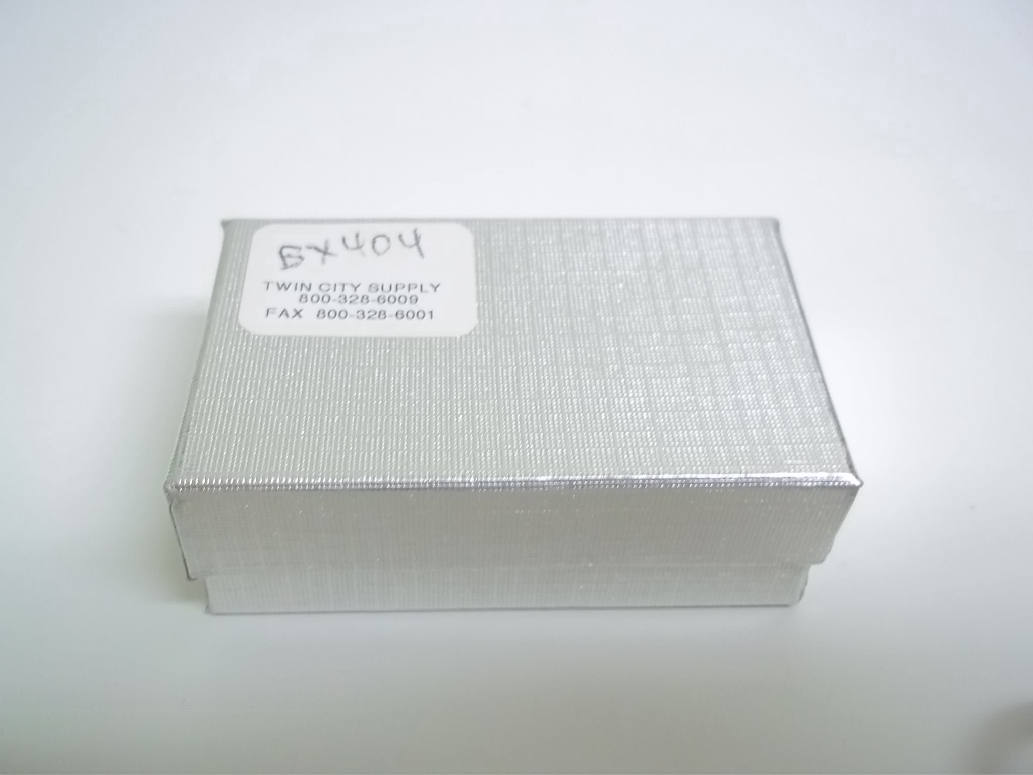 BX404 Cotton Filled Silver Linen Charm Nest Boxes