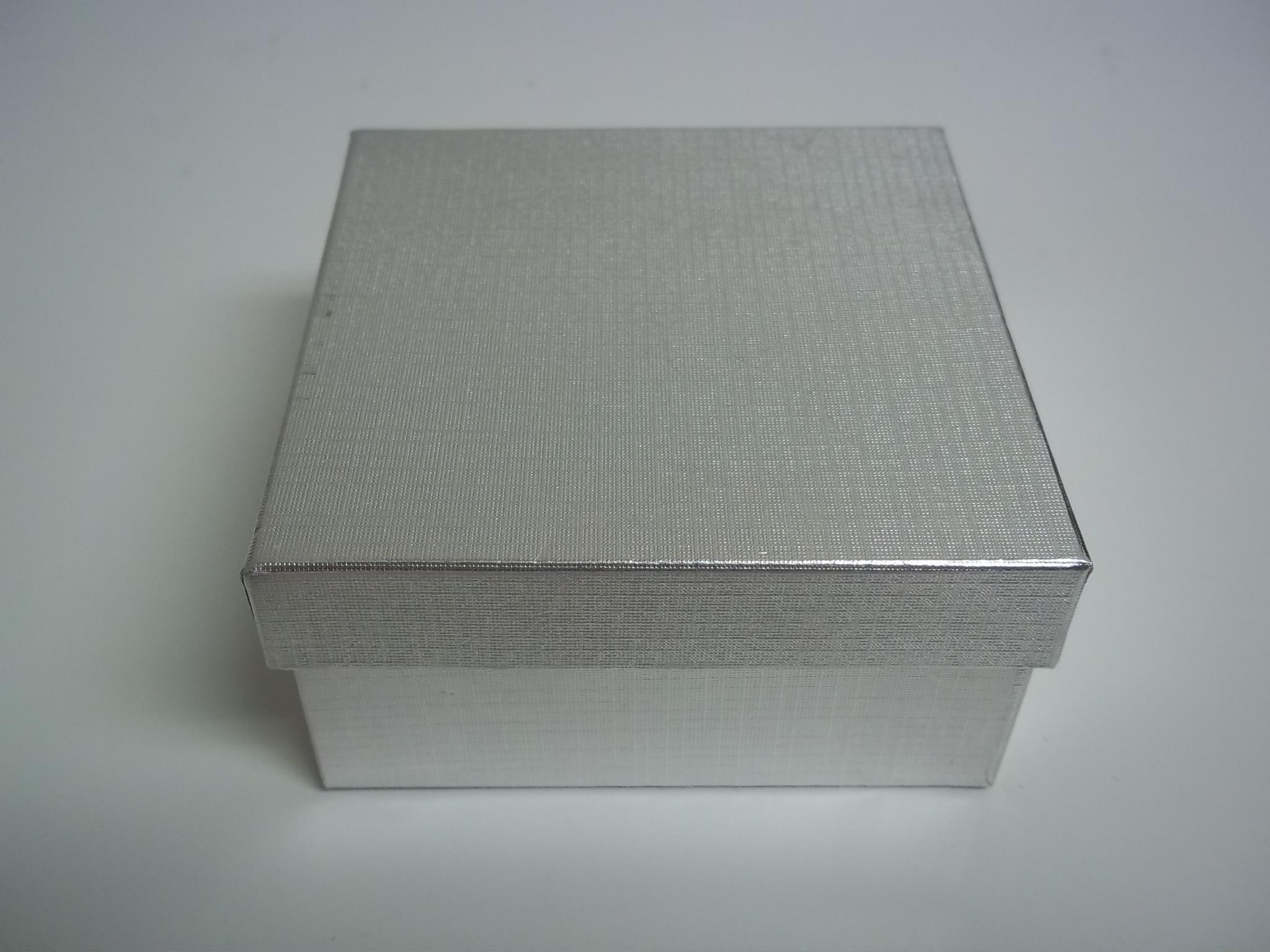 BX421 Cotton Filled Silver Linen Bangle Bracelet Nest Boxes