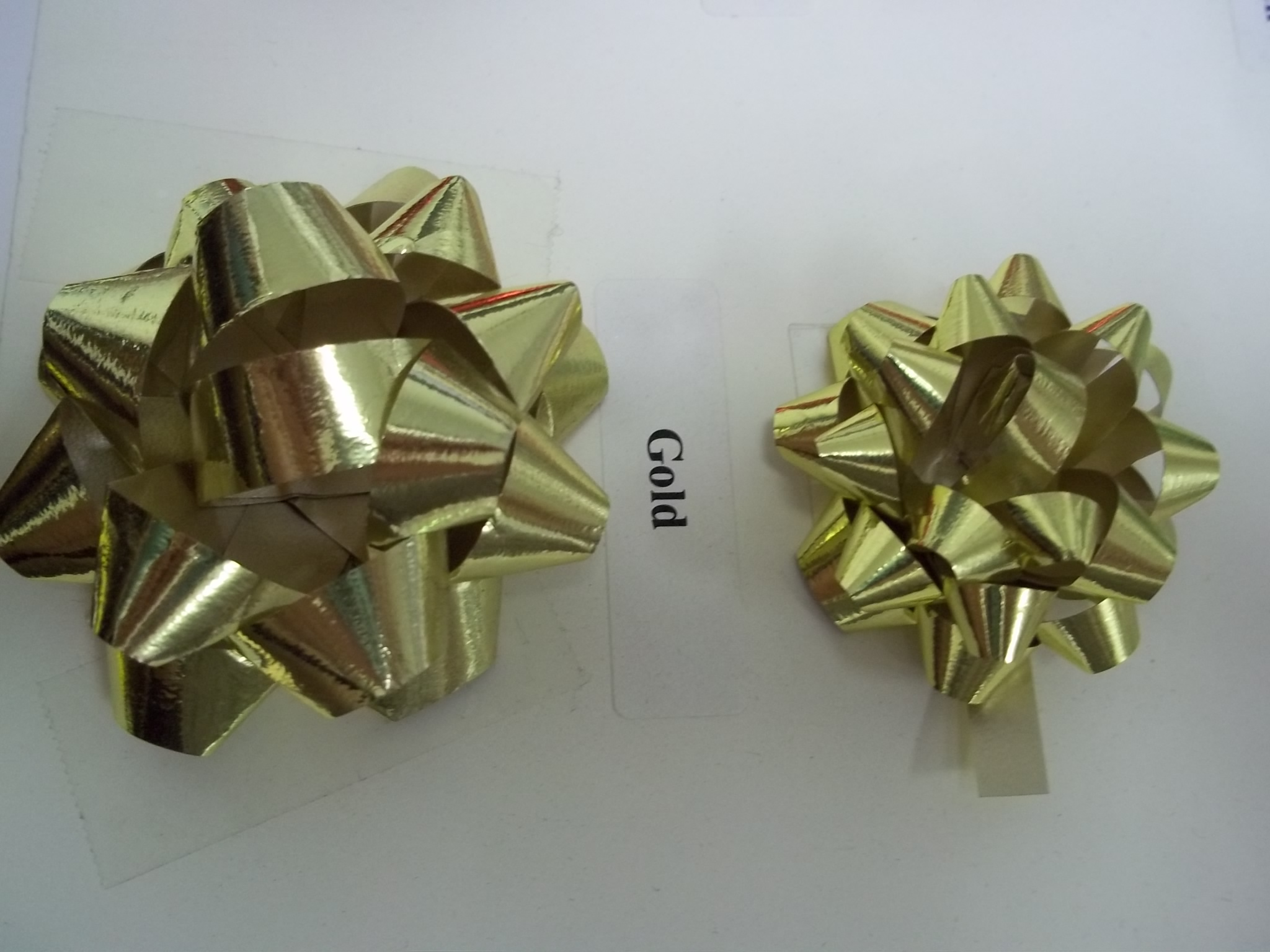 "BW110/300MC Polystar Mini Metallic Star Bows 1 1/4"" pkg of 300 Gold"