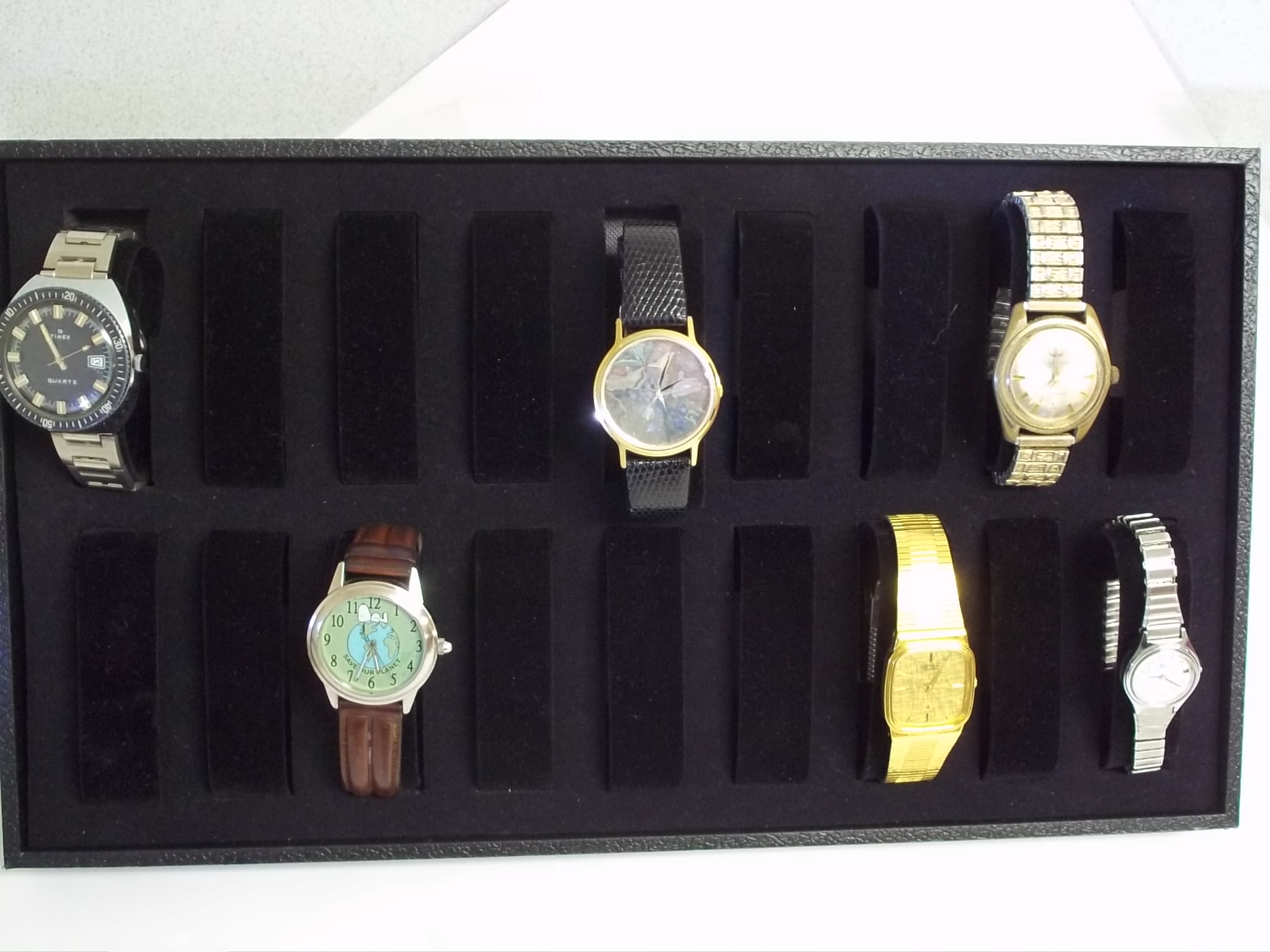 BVWT18 18 Slot Watch Display Tray