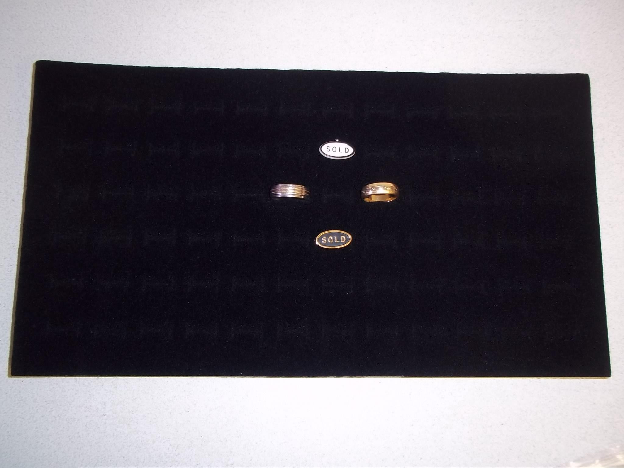 TR637 Full Size Black Velvet Foam Ring Insert -- 72 piece