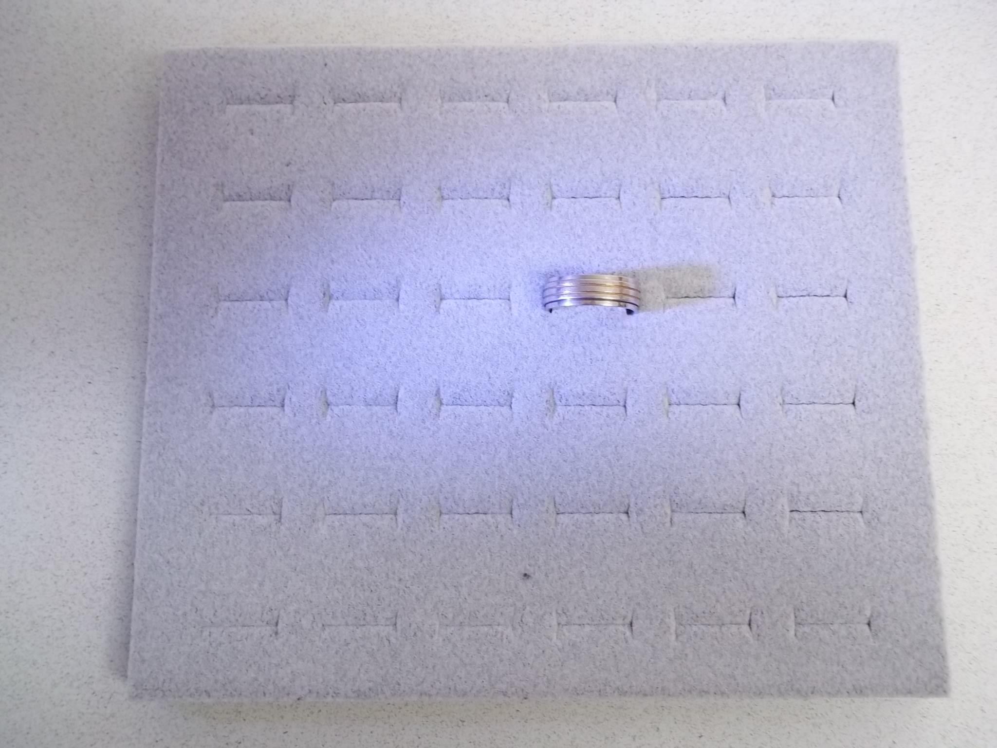 TR635 1/2 Size Grey Velvet Foam Ring Display Insert