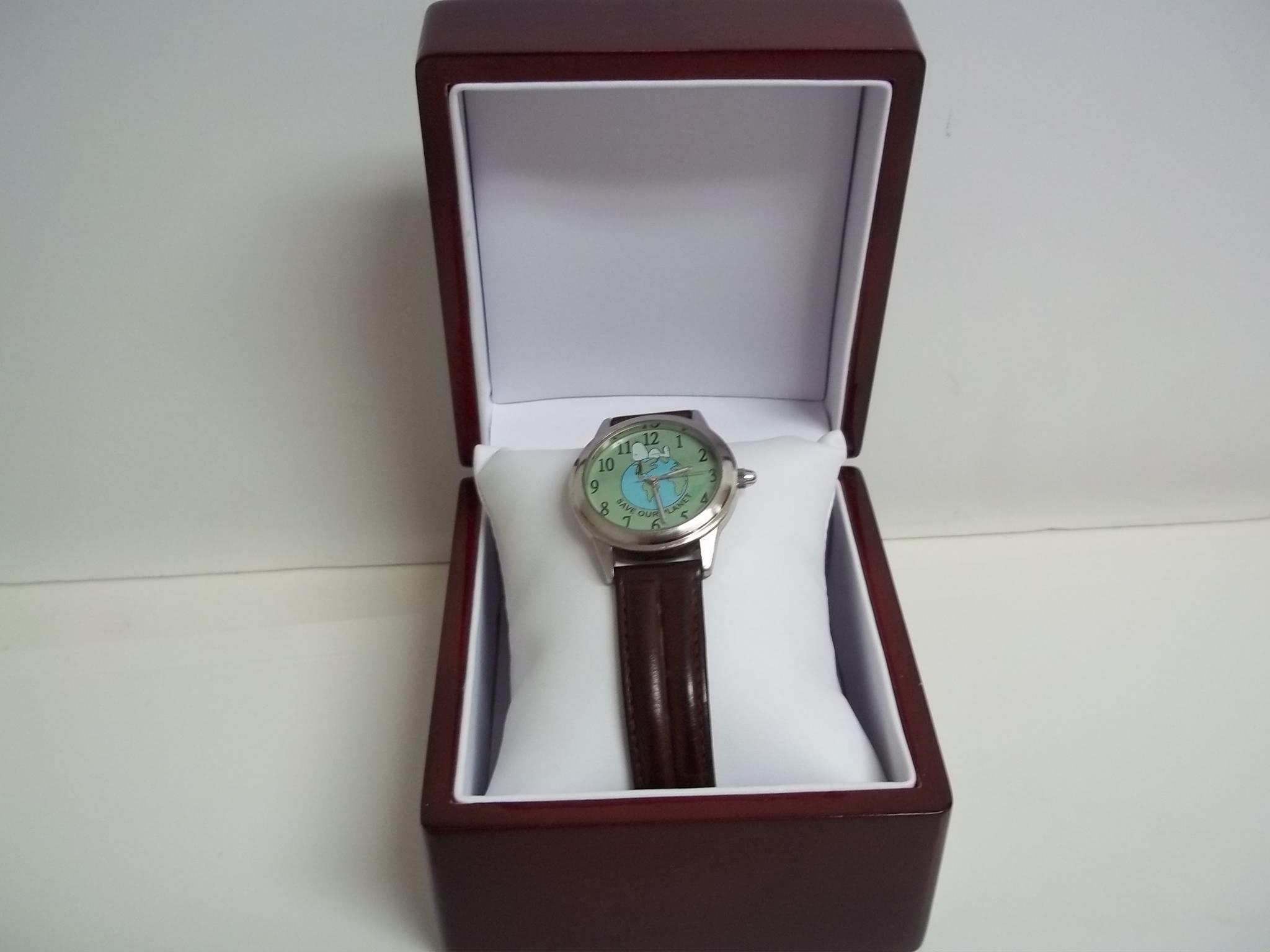 BXWW New! Rosewood Finish Single Watch Display Box