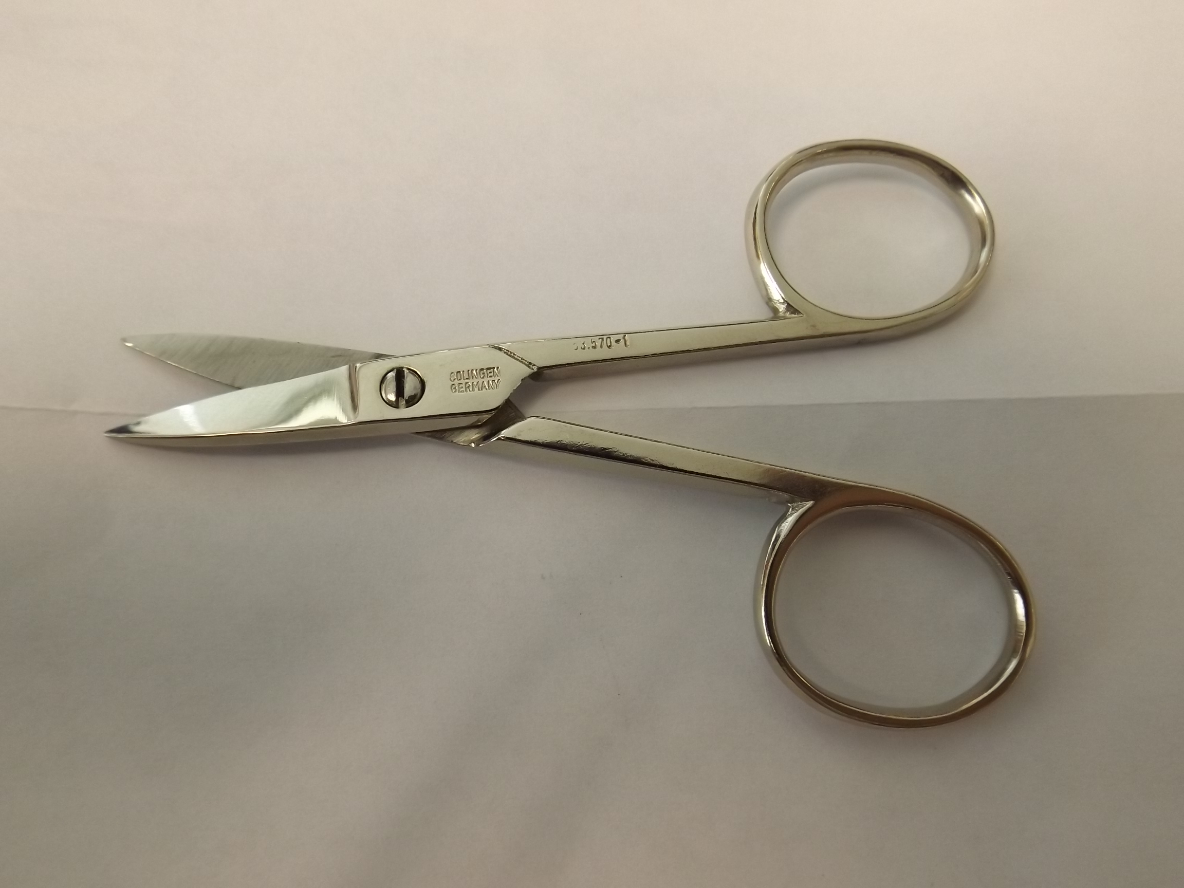 SH945 Wide Blade Scissors--Carbon Steel Discontinued item- Grobet 53.570-1