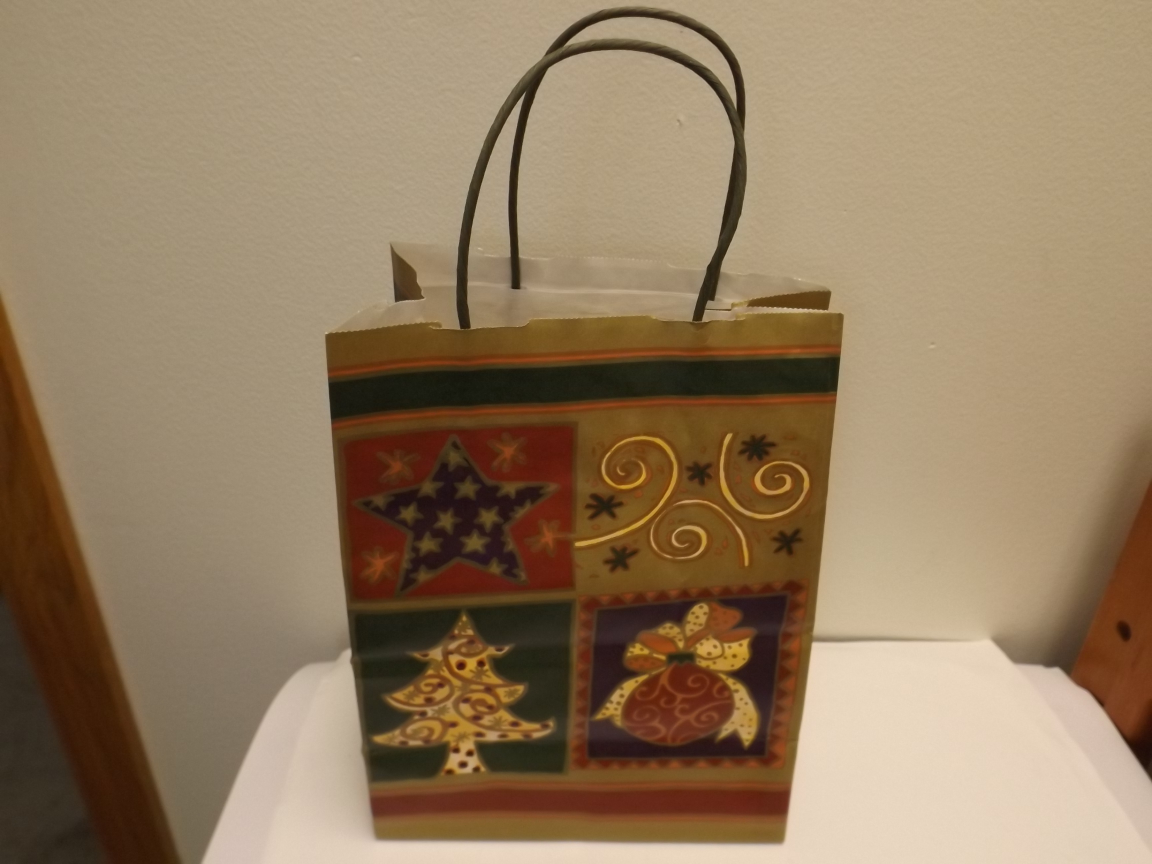 """GB470 Christmas Montage Gift Bags- Pkg of 25- 8"""" x 4 3/4"""" x 10- 1/2"""" - Limited Supply!"""