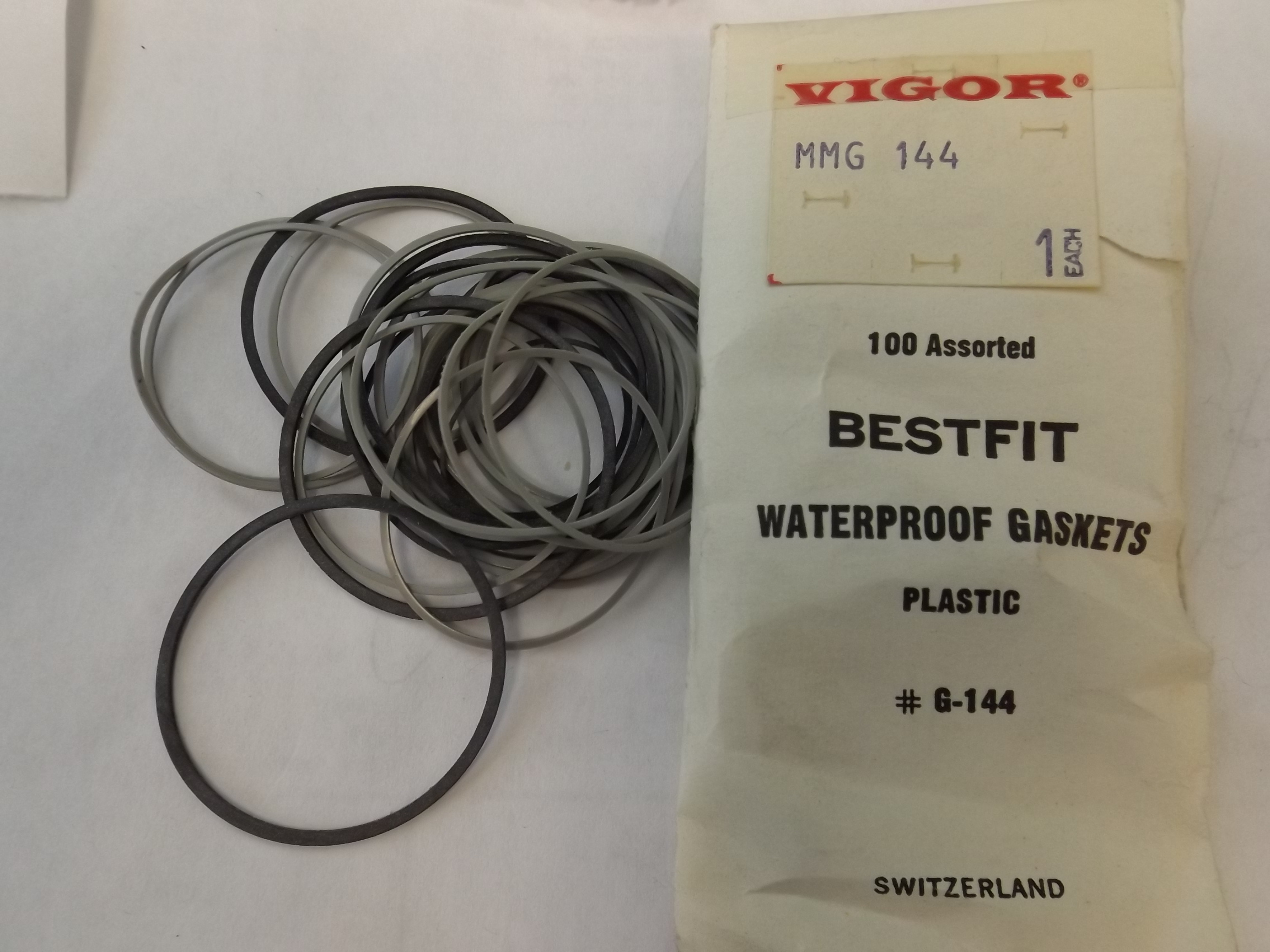 MM-G144 Waterproof Gaskets, Plastic- 100 pieces- Bestfit- One Only!