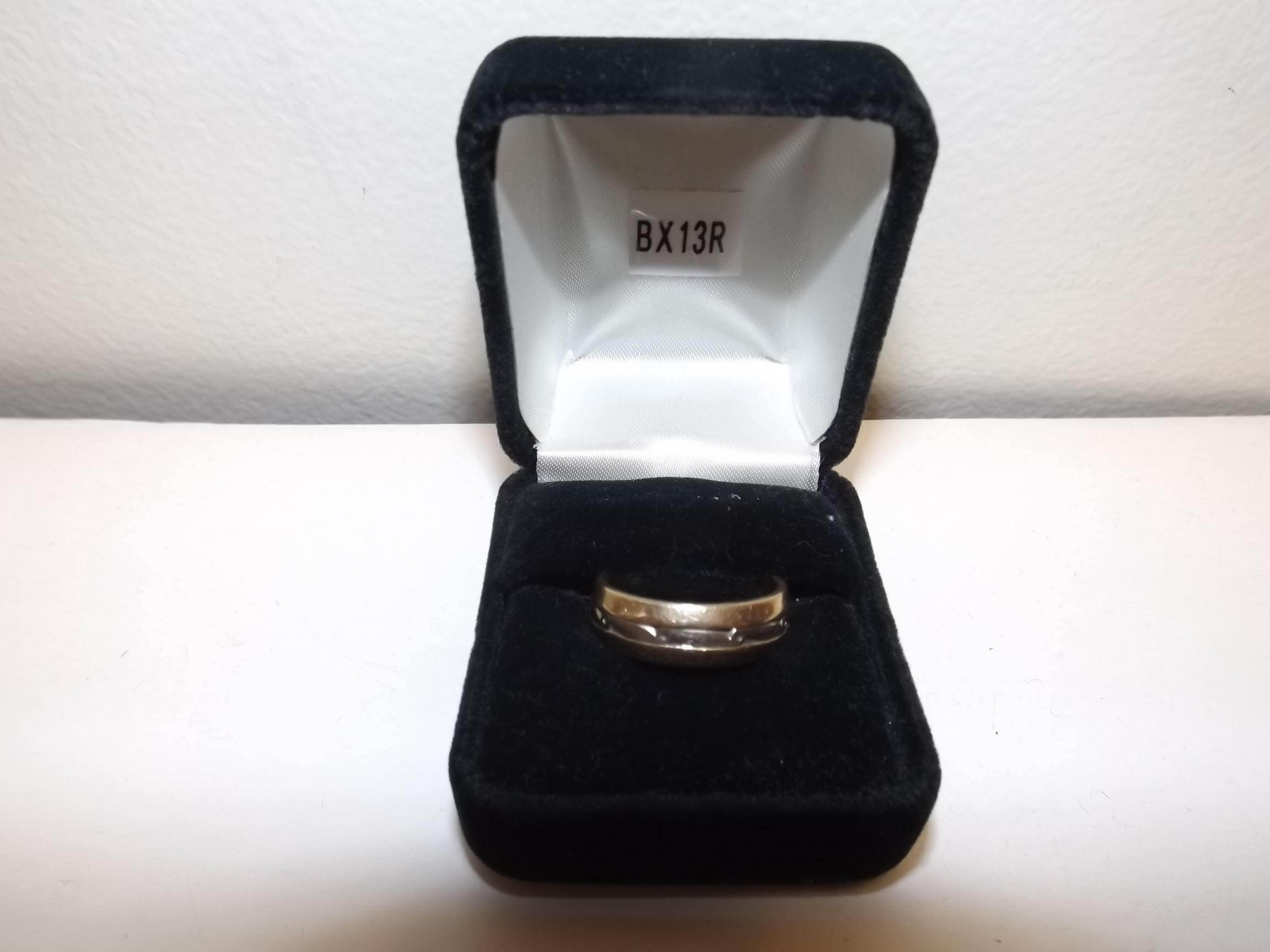 BX13R Single Ring Boxes--Black Velveteen