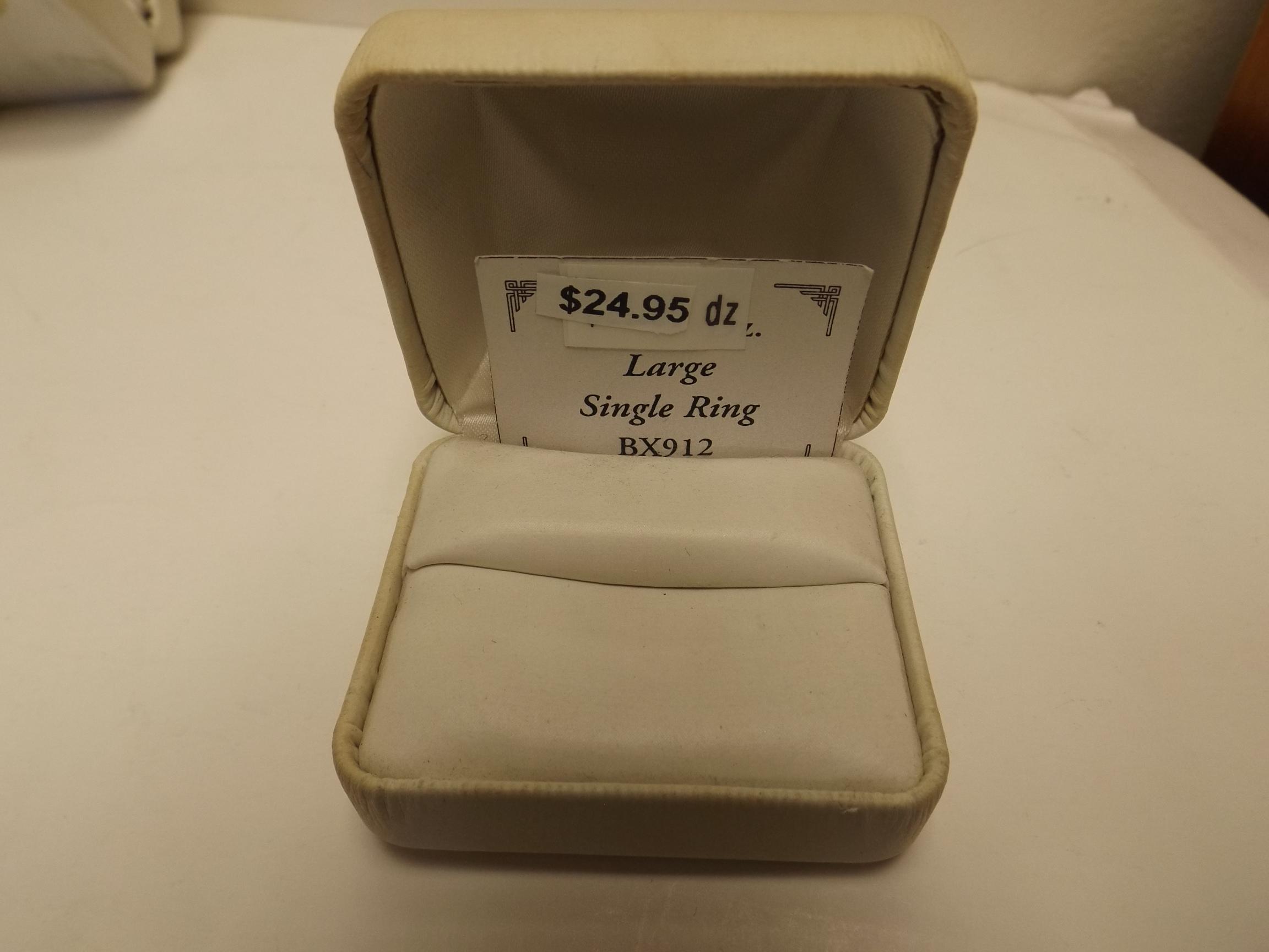 BX912 White Leatherette Large Single Ring Boxes