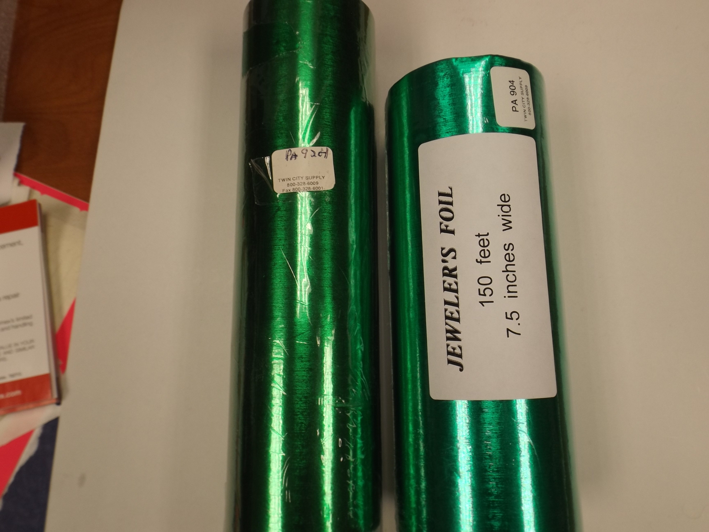 PA904 GREEN Satin Jewelers Roll of Foil Wrapping Paper