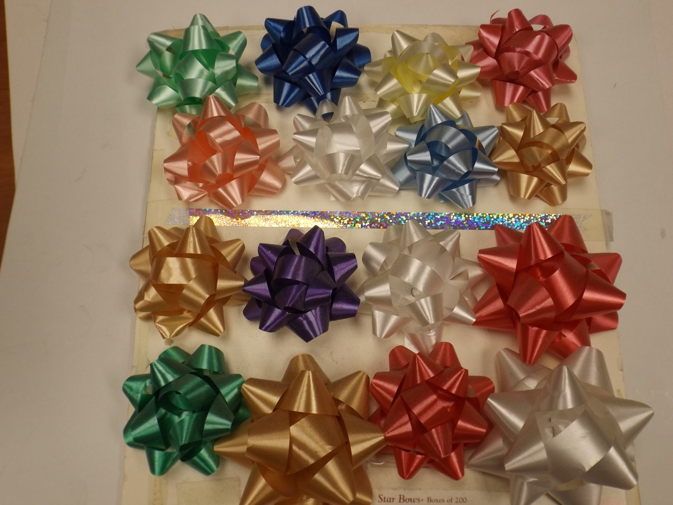 """BW313 Poly 2 3/4""""  Star Bows pkg of 200- Red"""